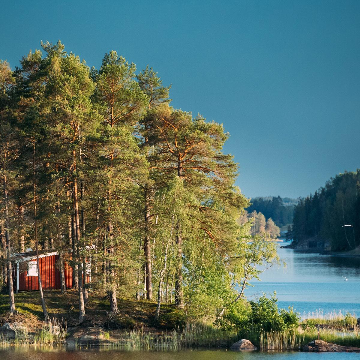 burde-lake-square
